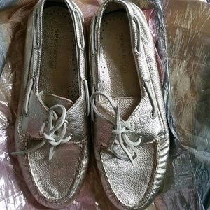Sperry Top Siders. Sz 9. Gently Used.